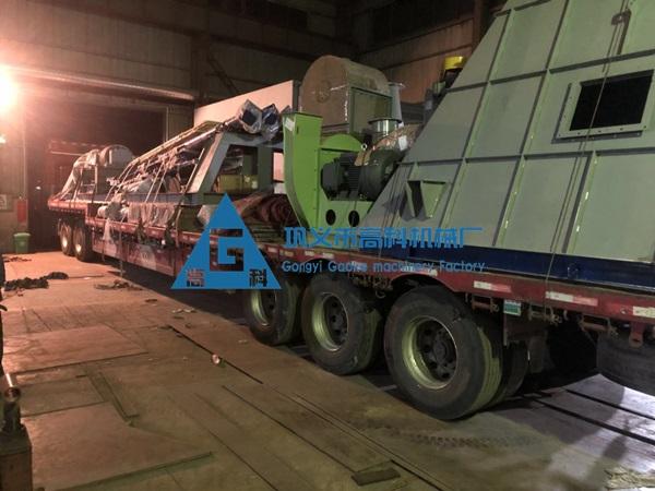 硅微粉磨粉设备发往广东